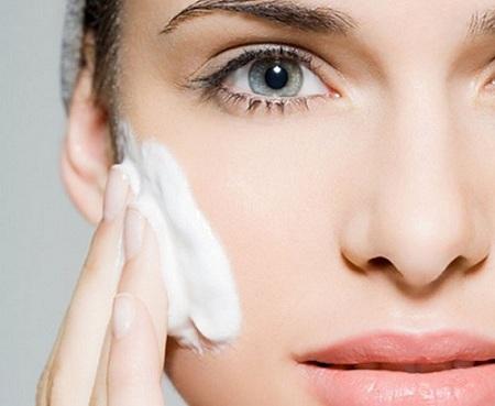 انواع مرطوب کننده پوست چیست
