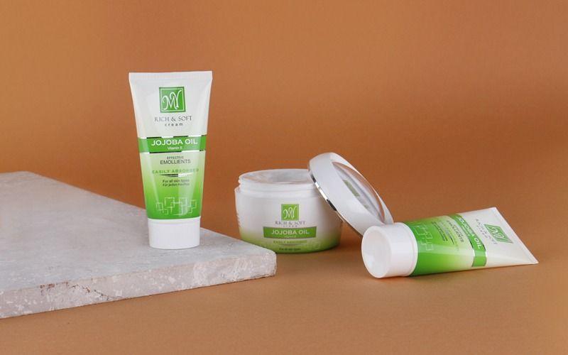 ژل ضد عفونی کننده و خشکی پوست